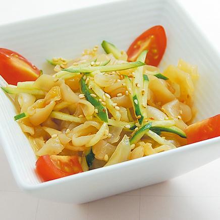 新鮮きゅうりとクラゲのヘルシー冷菜