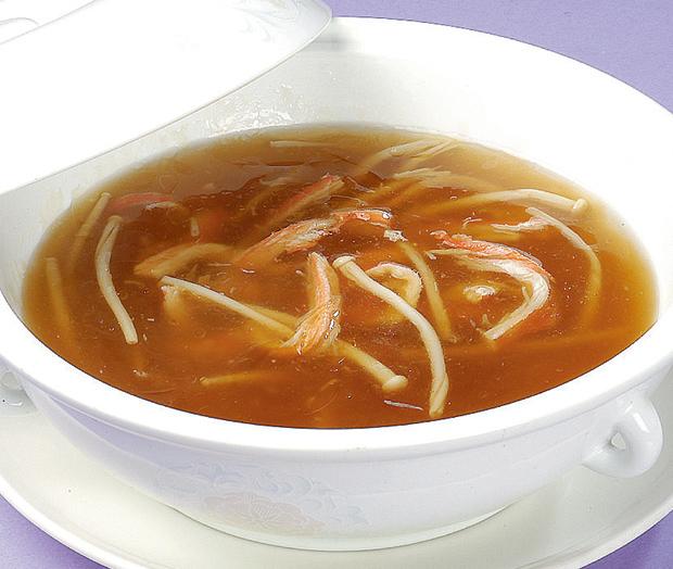 蟹肉入りフカヒレスープ(M)