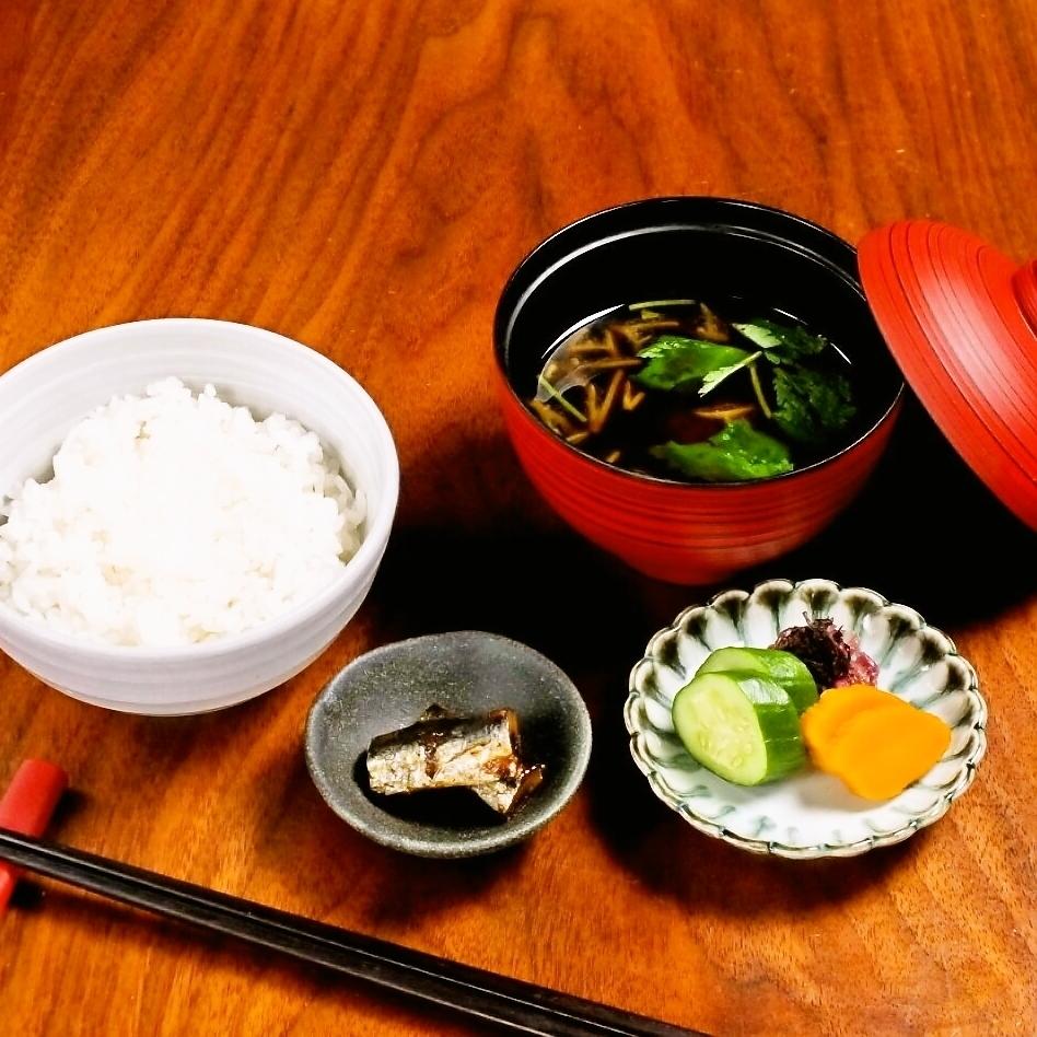 ■白飯と赤出汁セット