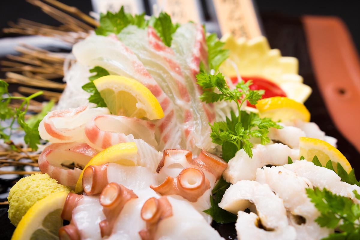 【明石近郊の海鮮お造り盛り980円~】舟盛り・姿入り盛りも有!明石蛸や明石鯛、伝助穴子がおすすめ!