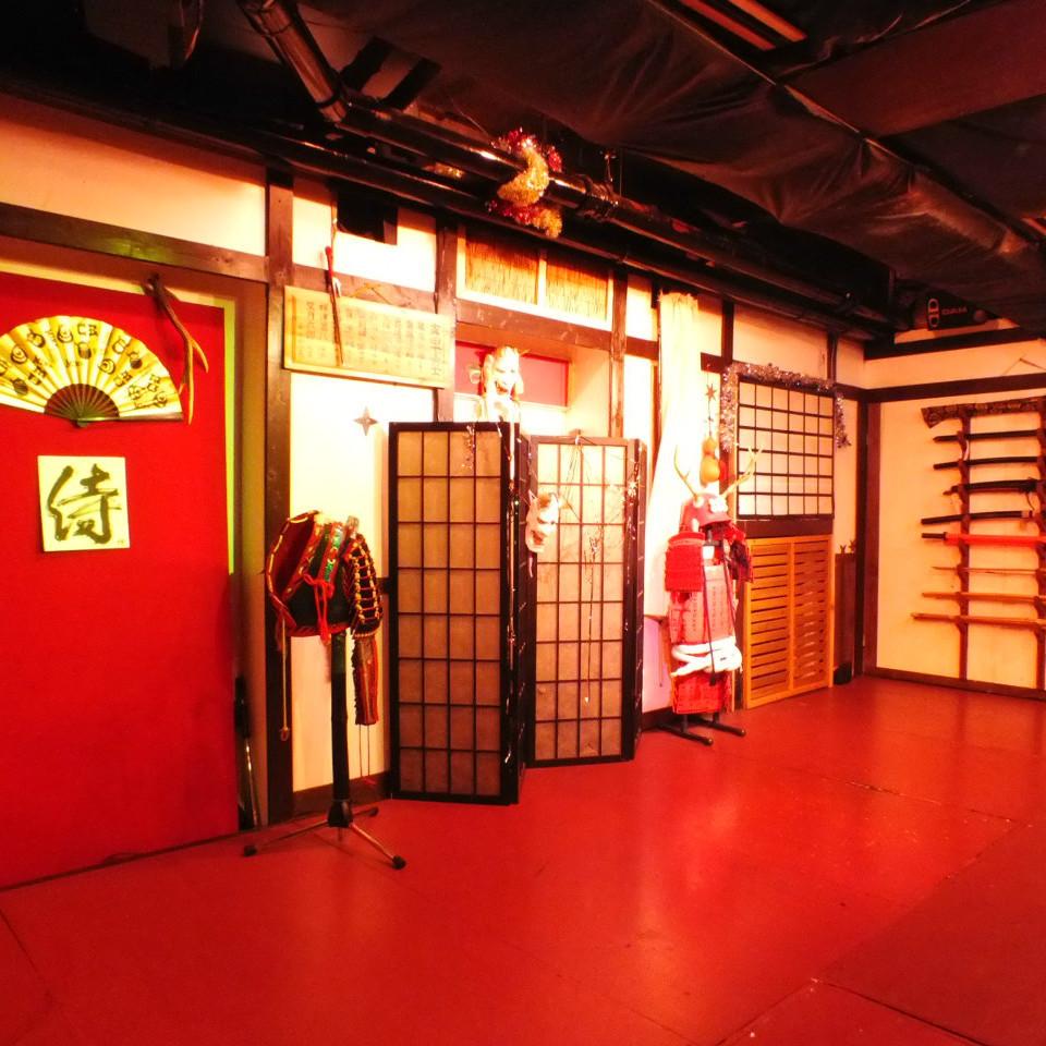 忍者体験ができる居酒屋◆カラオケステージは、レコーディングスタジオ並み!