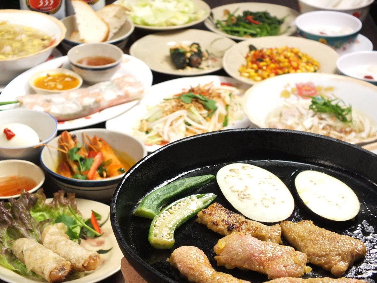 正宗的越南菜专卖店的厨师在越南留学的精心烹饪♪