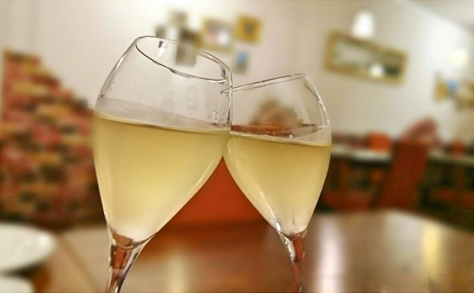 女性から男性をサシ飲みに誘う方法4選