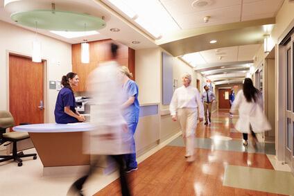 【歯科医師統計】診療室はスリッパか土足か