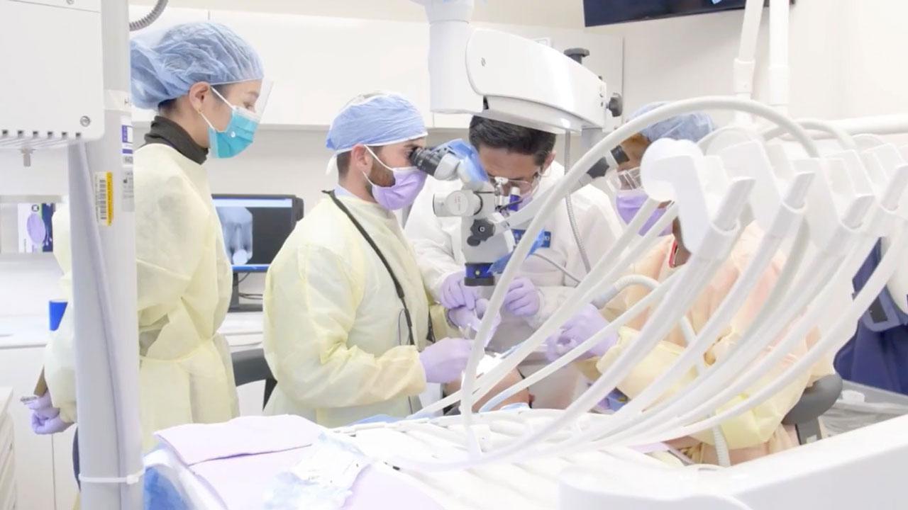米国専門医教育の実態 〜デジタルが描く歯科医学教育の未来〜 Interview with Katsushi Okazakiの画像です