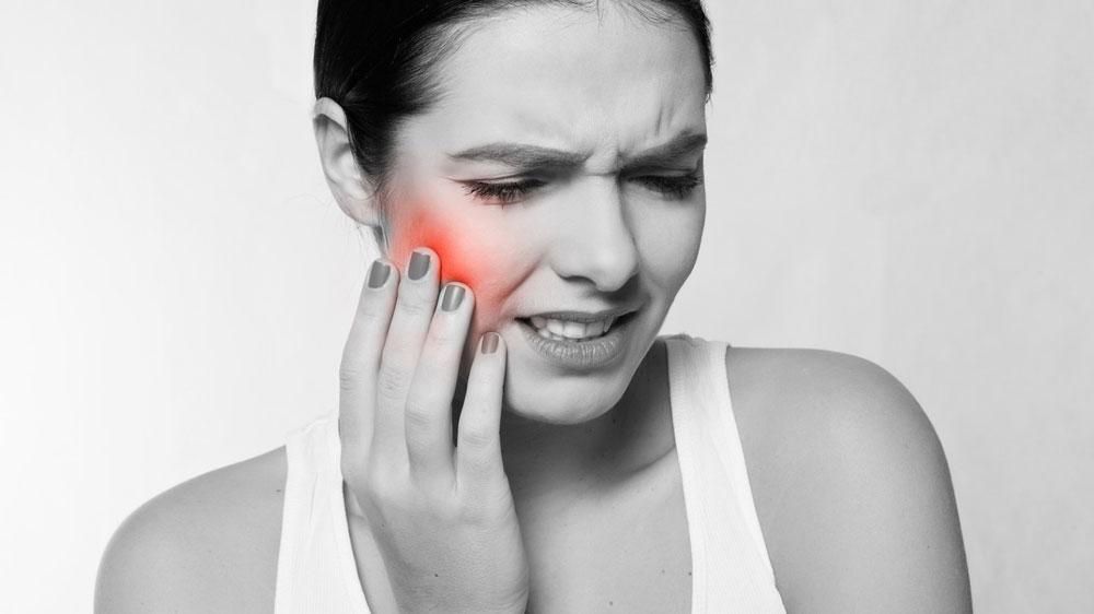 コロナ禍の収入減により歯の痛みが増加 医科歯科大の画像です