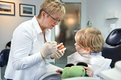 口腔保健教育だけでは効果がないことが明らかにの画像です