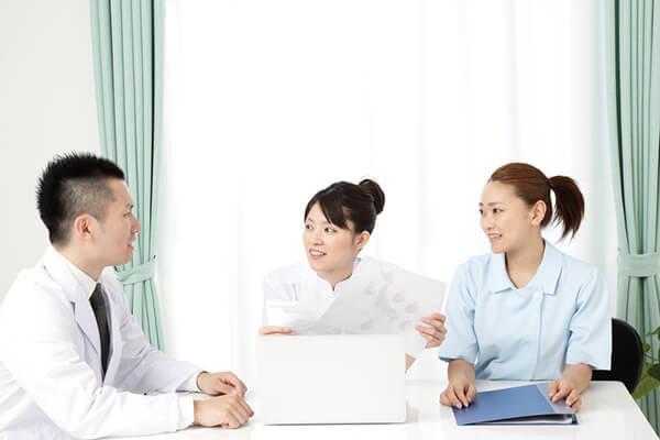 院長向けコミュニケーション 第4回「患者さまとのコミュニケーション術〜初診相談編〜」