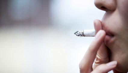 口腔・咽頭がんの発生リスク、喫煙で最大4.3倍 国立がん研究センター