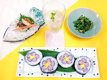 昼の献立:自慢の1品「太巻き祭り寿司」、さんが焼き、菜の花のピーナッツ和え、梨のジュレ