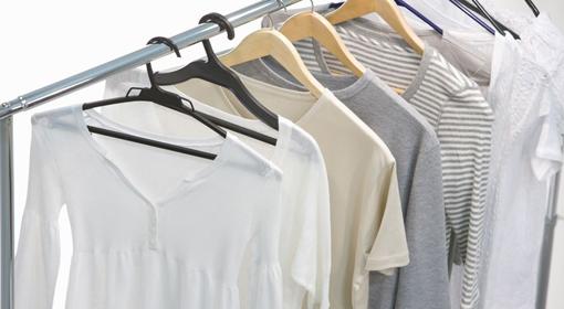 ぽっちゃりさんのTシャツ選びはネックラインが大切!タイプ別の着こなし方