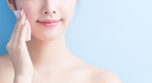 夏のテカリ・化粧崩れ対策には何がいいの?スキンケアを見直すだけの簡単ケアで夏を乗り切る!