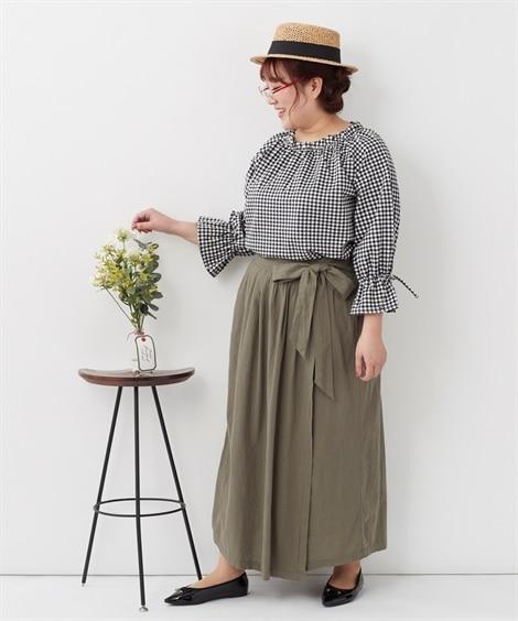 落ち素材のロングスカートとふんわり袖のトップスで可愛いIラインコーデ_02 ぽっちゃりさんにオススメ