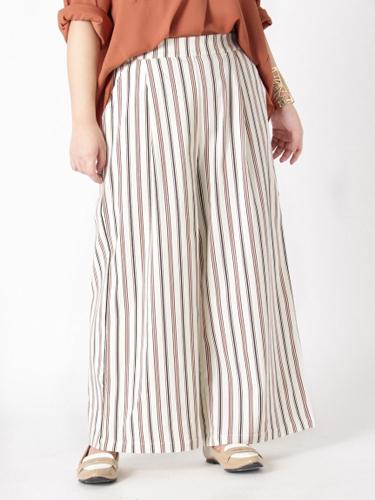ゆったりサイズ!うれしい機能付!美脚シルエットワイドパンツ ぽっちゃりさんの19年トレンド上手な洋服の選び方・着こなしのコツ・ポイント