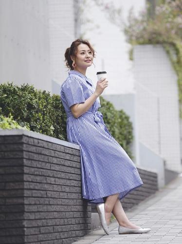 ギンガムチェックワンピースを使ったコーディネート ぽっちゃりさんの19年トレンド上手な洋服の選び方・着こなしのコツ・ポイント