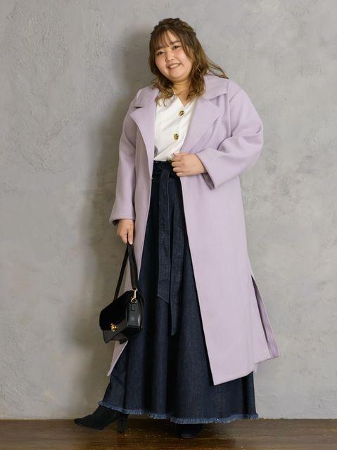 「淡色ロングコート」は濃色ボトムスで引き締めるとバランスアップ ぽっちゃりさんの痩せ見えコートコーデ