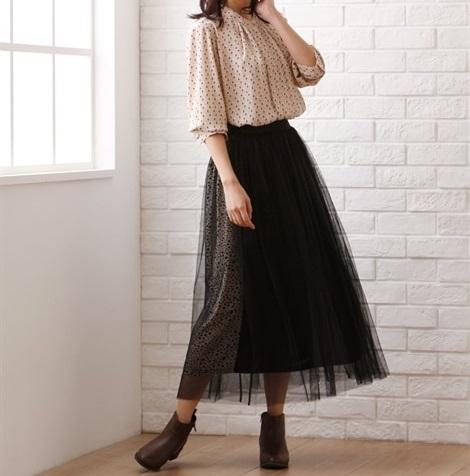 切り替えスカートはチュール重ねで表情豊かに!