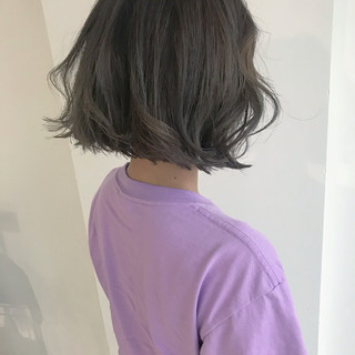 デート ゆるふわ オフィス ボブ ヘアスタイルや髪型の写真・画像
