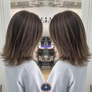 ショートボブ ショートヘア ミニボブ ナチュラル ヘアスタイルや髪型の写真・画像