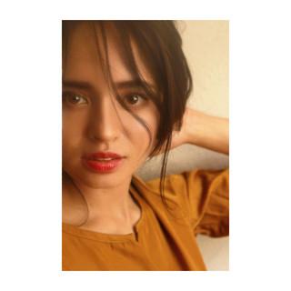 アンニュイほつれヘア ロング デジタルパーマ イルミナカラー ヘアスタイルや髪型の写真・画像 ヘアスタイルや髪型の写真・画像