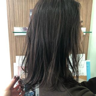 ナチュラルベージュ ナチュラル ハイライト ブラウンベージュ ヘアスタイルや髪型の写真・画像