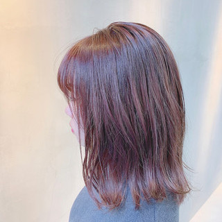 外国人風カラー チェリーピンク 透明感カラー コリアンピンク ヘアスタイルや髪型の写真・画像