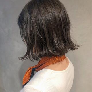 ボブ アンニュイほつれヘア 前下がりボブ ナチュラル ヘアスタイルや髪型の写真・画像