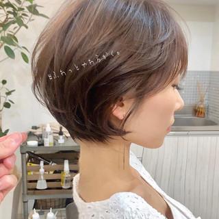 ショート 簡単ヘアアレンジ ナチュラル デート ヘアスタイルや髪型の写真・画像