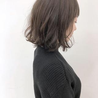 外ハネ 大人かわいい ゆるふわ フェミニン ヘアスタイルや髪型の写真・画像