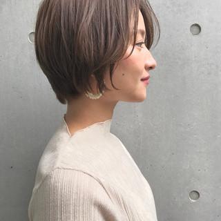 前下がりショート ナチュラル ハンサムショート ショート ヘアスタイルや髪型の写真・画像 ヘアスタイルや髪型の写真・画像