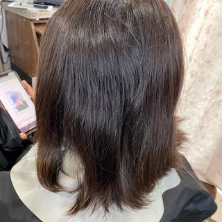 インナーカラー ショートヘア ウルフカット モード ヘアスタイルや髪型の写真・画像