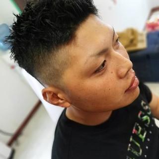 ナチュラル ショート フェードカット ヘアスタイルや髪型の写真・画像