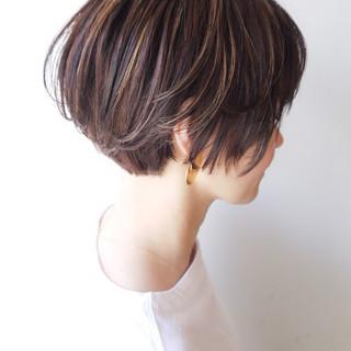 ハイライト コンサバ ショート オフィス ヘアスタイルや髪型の写真・画像