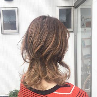 グラデーションカラー エレガント ベージュ 上品 ヘアスタイルや髪型の写真・画像 ヘアスタイルや髪型の写真・画像