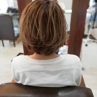 ナチュラル ショート ハイライト グラデーション ヘアスタイルや髪型の写真・画像