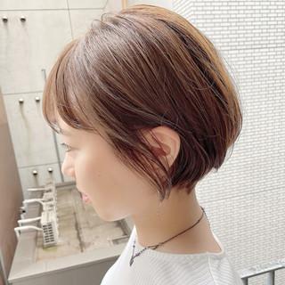 ショートヘア ショート オフィス ナチュラル ヘアスタイルや髪型の写真・画像