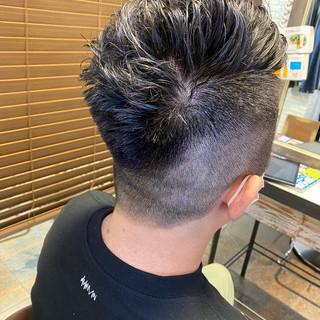 パーマ フェードカット ショート メンズヘア ヘアスタイルや髪型の写真・画像