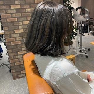透明感カラー ミディアムヘアー ナチュラル イルミナカラー ヘアスタイルや髪型の写真・画像