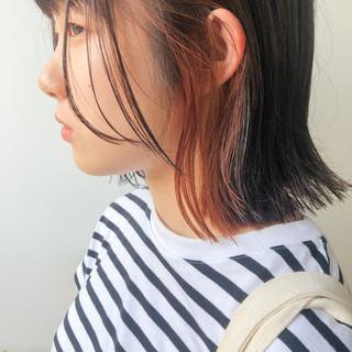 ナチュラル ショートボブ オレンジカラー 切りっぱなしボブ ヘアスタイルや髪型の写真・画像