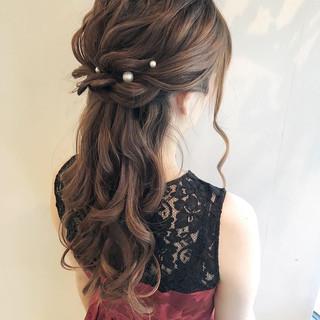結婚式 ハーフアップ ナチュラル お呼ばれ ヘアスタイルや髪型の写真・画像