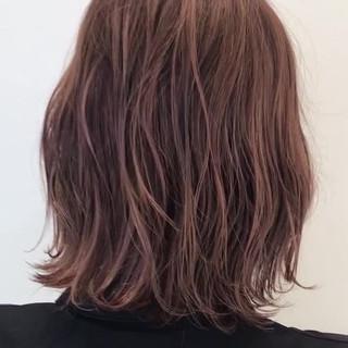 ハイライト フェミニン ピンク ハイトーン ヘアスタイルや髪型の写真・画像