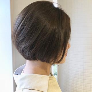 ショートボブ ショート ミニボブ アッシュグレージュ ヘアスタイルや髪型の写真・画像