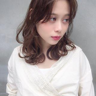 巻き髪 デート ゆるふわ ガーリー ヘアスタイルや髪型の写真・画像