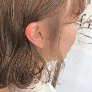 ヘアアレンジ ベージュ うぶ毛ハイライト 外国人風カラー ヘアスタイルや髪型の写真・画像