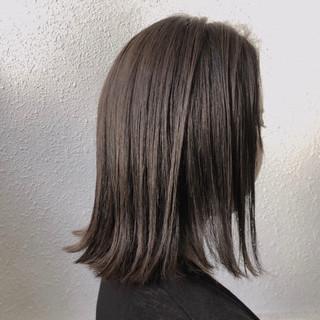 暗髪 透明感 グレージュ ブリーチなし ヘアスタイルや髪型の写真・画像