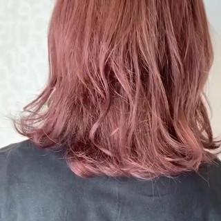ラベンダーピンク ピンクアッシュ ガーリー ゆるふわ ヘアスタイルや髪型の写真・画像