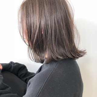 アッシュベージュ ナチュラル ミルクティーベージュ ベージュ ヘアスタイルや髪型の写真・画像