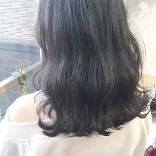 アンニュイほつれヘア ヘアカラー グレージュ ヘアアレンジ ヘアスタイルや髪型の写真・画像