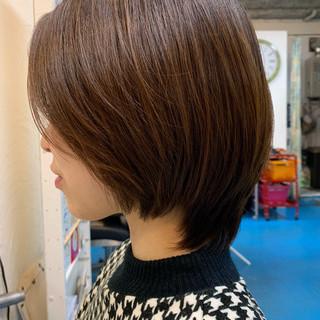 カジュアル ショート 美シルエット デート ヘアスタイルや髪型の写真・画像