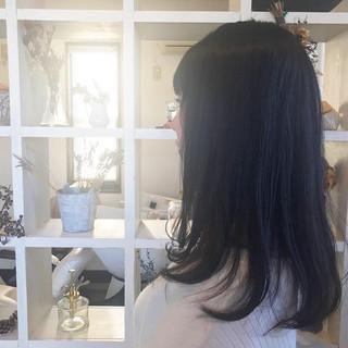 ネイビーアッシュ ネイビー ロング グレー ヘアスタイルや髪型の写真・画像